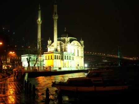 Ortaköy de noche