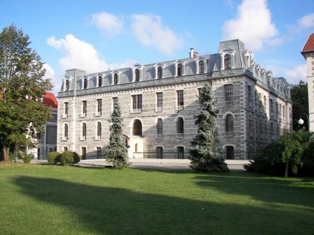 Hamlin Hall