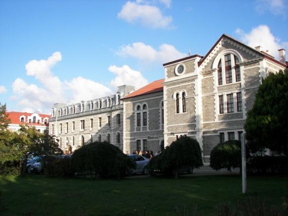 Universidad Estambul