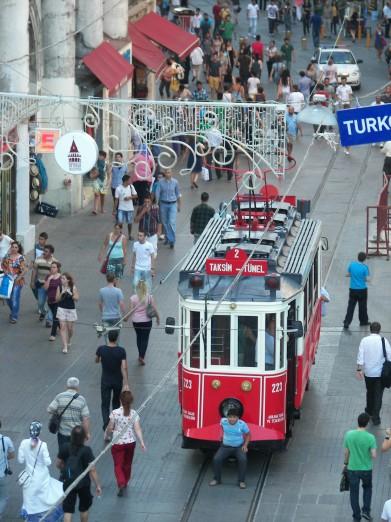 Tranvía Taksim Estambul