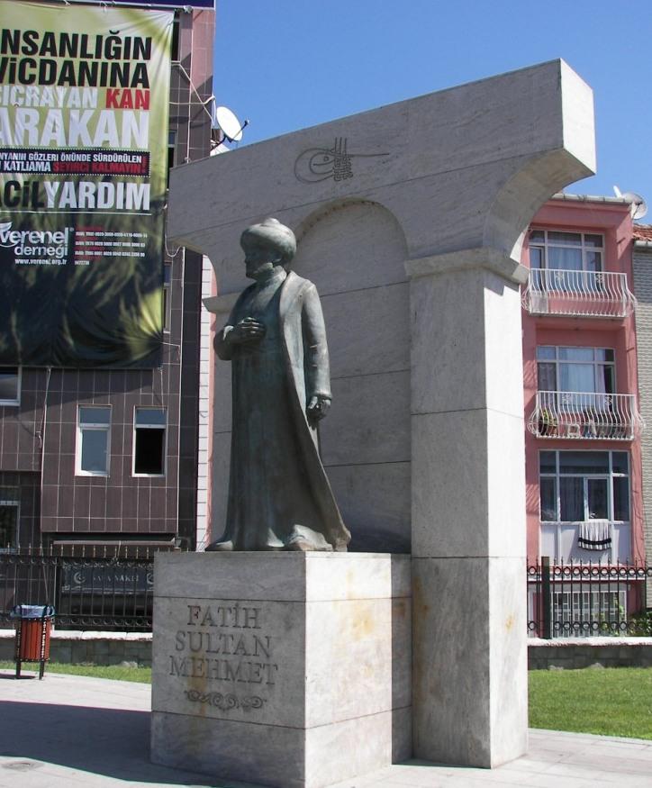 Estatua Fatih Edirnekapi
