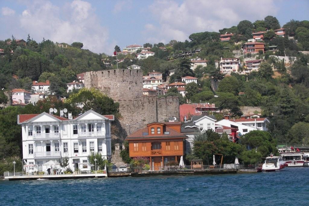 Fortaleza de Anadolu Hisari en Estambul