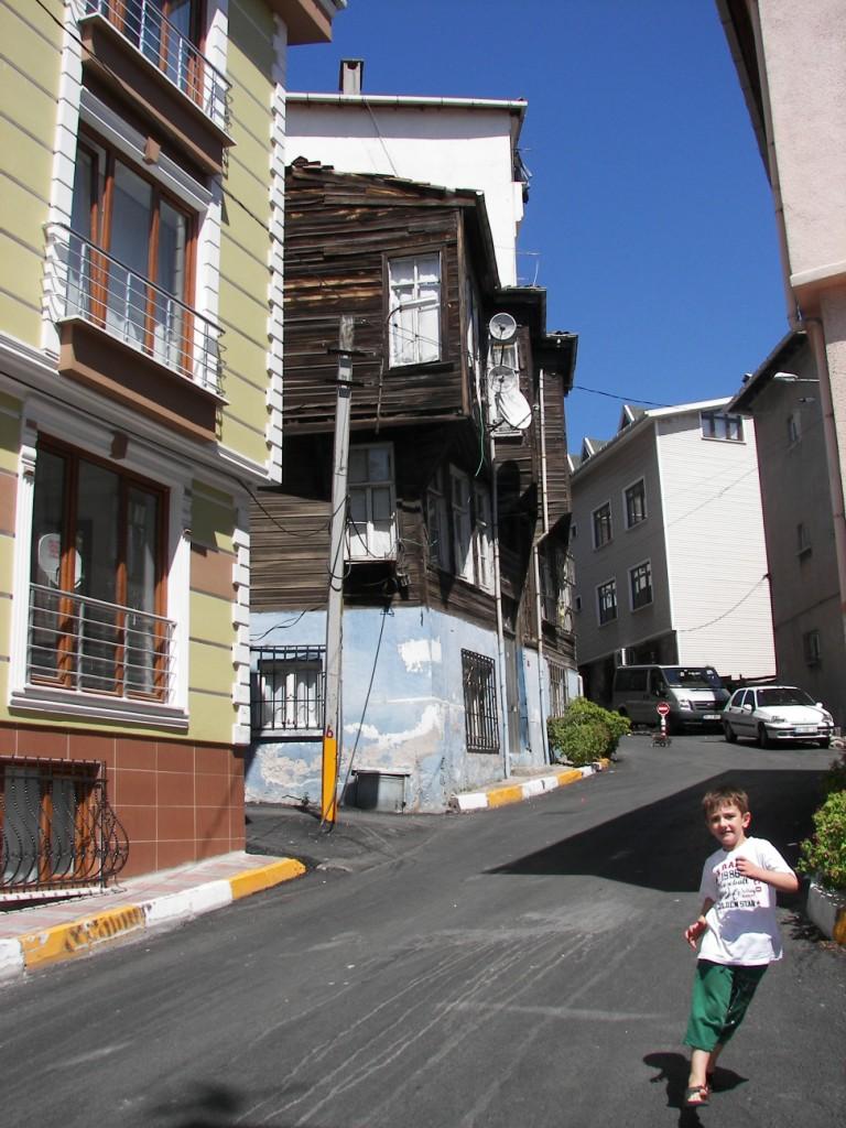 Aziz Sokak Hasköy