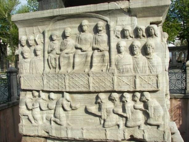 Pedestal Obelisco Teodosio