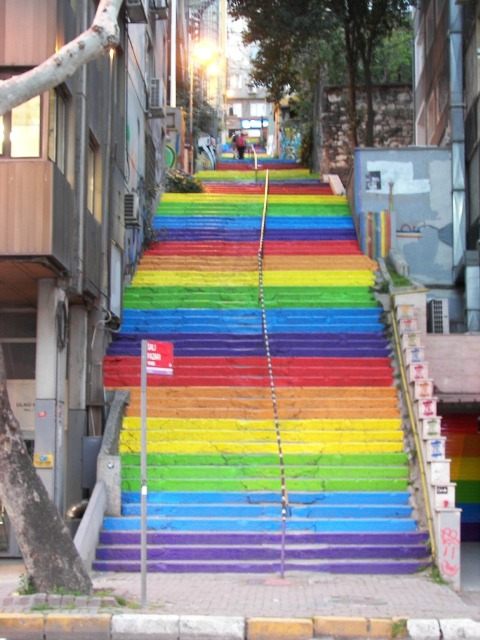 Escaleras arcoiris Estambul