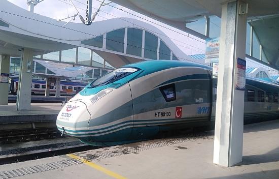 Tren Estambul