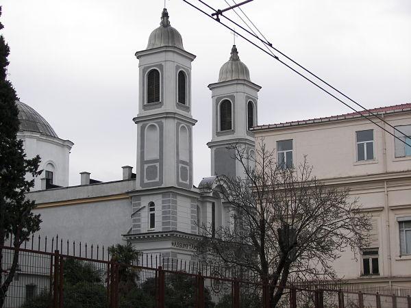 La Iglesia de Nuestra Señora de la Asunción es una de las principales iglesia católicas del distrito de Kadiköy Foto: Miguel Ángel Otero Soliño
