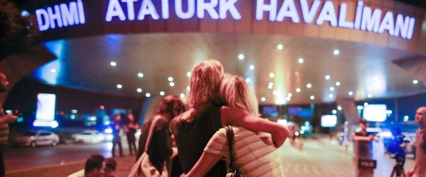Atentado aeropuerto Atatürk