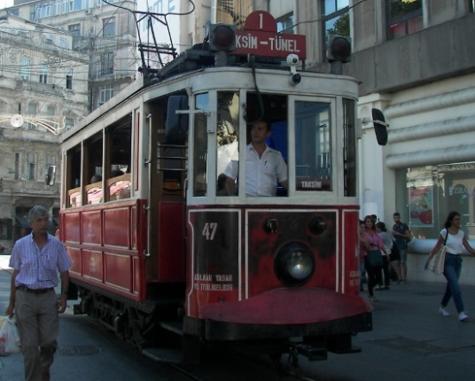 Tranvia Estambul