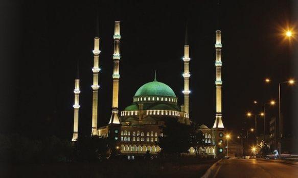 mezquita 6 minaretes