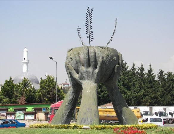 Barış ve Kültür Heykeli